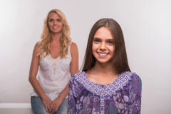 Hija joven de la madre y del adolescente Imagen de archivo libre de regalías