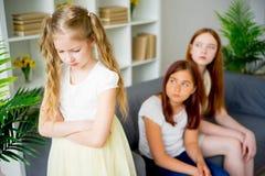 Hija y hermana tristes Imagen de archivo libre de regalías