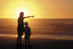 Hijo y padre Fotos de archivo libres de regalías