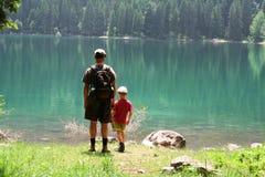 Hijo y papá imagen de archivo