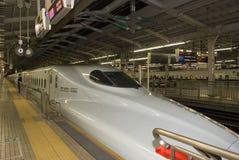 Hikari Superexpress, Kyoto, Japón Foto de archivo libre de regalías