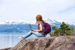 Hiker девушки Стоковая Фотография