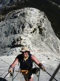 hiker купола половинный к путю Стоковая Фотография RF