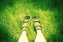 Ноги hiker женщины Стоковые Изображения
