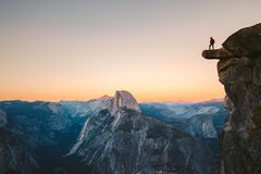 Free Hiker In Yosemite National Park, California, USA Royalty Free Stock Photo - 173495085