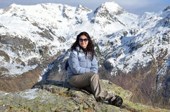 Hiker in the winter mountains Royalty Free Stock Photography