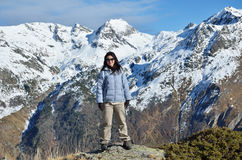 Hiker in the winter mountains Royalty Free Stock Photos