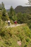 Hikers в Альпах, Австрия Стоковая Фотография RF