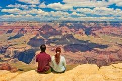 Hikers в национальном парке гранд-каньона США Стоковая Фотография