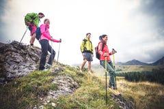 Hikers на отклонении Стоковая Фотография RF