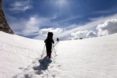 2 hikers на плато снежка Стоковые Фотографии RF