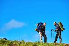 2 hikers на следе Стоковое фото RF