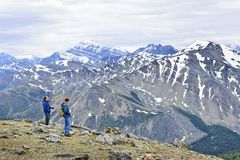 Hikers in mountains Royalty Free Stock Photos