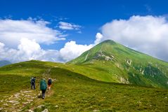 Hikers in a mountains Royalty Free Stock Photography