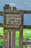 Hikers Only no Bikes Footpath Sign Royalty Free Stock Photos