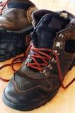 hiking ботинок используемый наилучшим образом Стоковое фото RF
