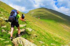Hiking в прикарпатских горах Стоковая Фотография