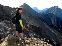hiking женщина Стоковые Фотографии RF