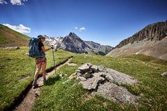 hiking женщина Стоковая Фотография RF