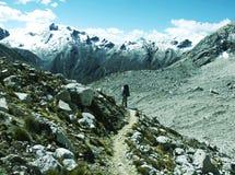 hiking кордильер Стоковая Фотография