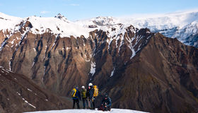hiking люди Исландии Стоковое Фото