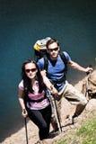 hiking пар стоковые фото