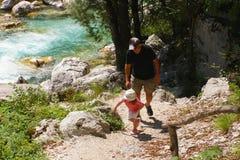 hiking семьи Стоковая Фотография
