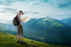 Hiking человека Стоковые Фотографии RF