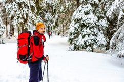 hiking человек стоковое фото rf
