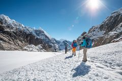 Hiking in beautiful Himalaya mountains Royalty Free Stock Photography