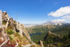 Free Hiking Castle Peak In Gifford Pinchot National Forest Royalty Free Stock Photos - 93824268