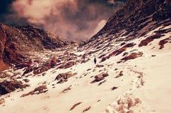 Hiking group on a trail.  Sagarmatha National Park, Nepal, Himal Royalty Free Stock Photos