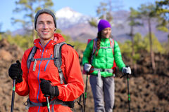 Hiking hikers couple - healthy active lifestyle Royalty Free Stock Photo