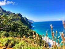 Free Hiking The Scenic Kalalau Trail To The Scenic Na Pali Coast In Kauai Hawaii Royalty Free Stock Images - 86438709