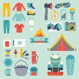 Hikingand het kamperen materiaal Stock Foto's