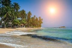 Hikkaduwa маленький город на южном береге Шри-Ланки размещает Стоковая Фотография RF