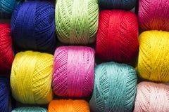 Hilado multicolor imagen de archivo