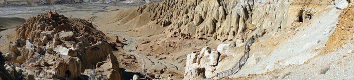 Hill με τις σπηλιές Στοκ Εικόνα