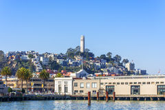 Hill τηλέγραφων & πύργος Σαν Φρανσίσκο Καλιφόρνια Coit Στοκ φωτογραφίες με δικαίωμα ελεύθερης χρήσης