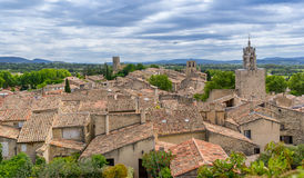The hill top village of Cucuron Stock Images