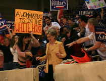Hillary arriva a raduno di Dallas Immagini Stock