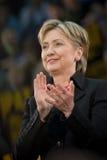 Hillary Clinton 2 klaszczcie pionowe Fotografia Royalty Free