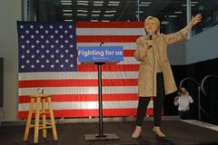 Hillary Clinton Campaigns for Presidency at SW College Los Angel Royalty Free Stock Photos
