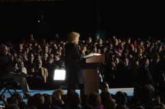Hillary Clinton och Tim Kaine Campaigning Royaltyfria Bilder