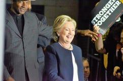 Hillary Clinton som delta i en kampanj i den stora korridoren Heinz Field Pittsb Arkivbilder