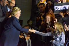 Hillary Clinton som delta i en kampanj i den stora korridoren Heinz Field Pittsb Royaltyfri Foto