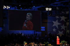 Hillary Clinton spreekt in Des Moines, Iowa royalty-vrije stock foto's