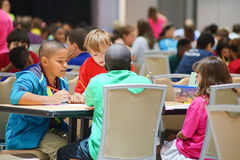 Hillsborough county 5th Grade Math Bowl competition: Students work with team Stock Image