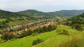 Hillside che trascura la giumenta di Copsa, la Transilvania, Romania Fotografie Stock Libere da Diritti