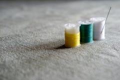 Hilo de coser Fotos de archivo libres de regalías